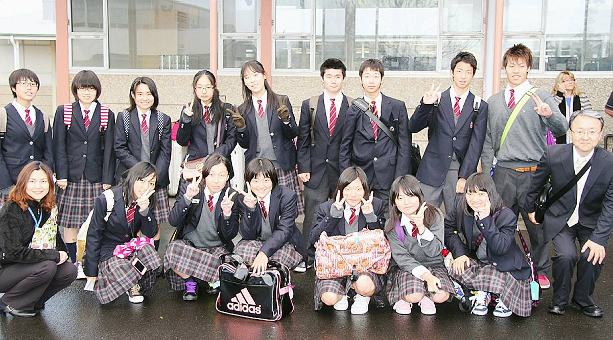 my experience of traveling to japan as a high school student The high school experience japan students what is high school life in japan really like in the videos from exchange students, it seems like heaven is that true.