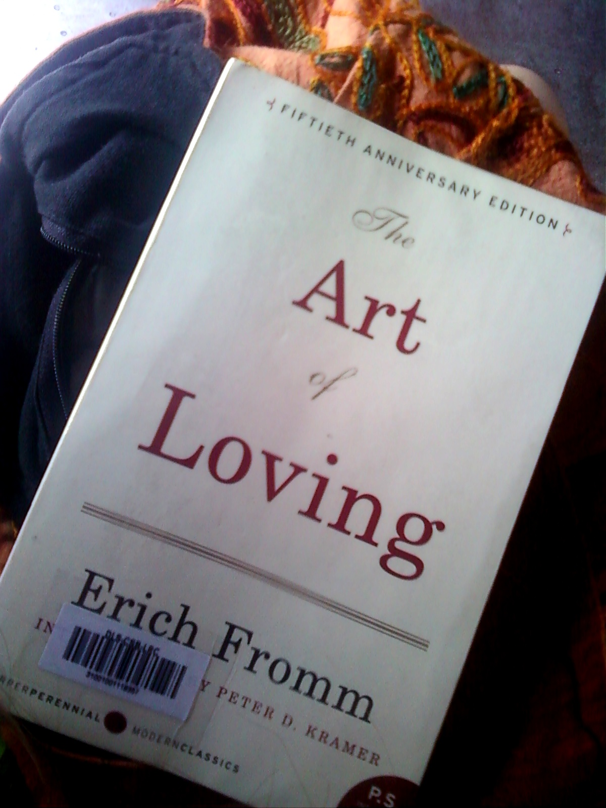 erich fromms the art of loving The art of loving, erich fromm the art of loving is a 1956 book by psychoanalyst and social philosopher erich fromm, which was published as part of the world perspectives series edited by ruth nanda anshen.